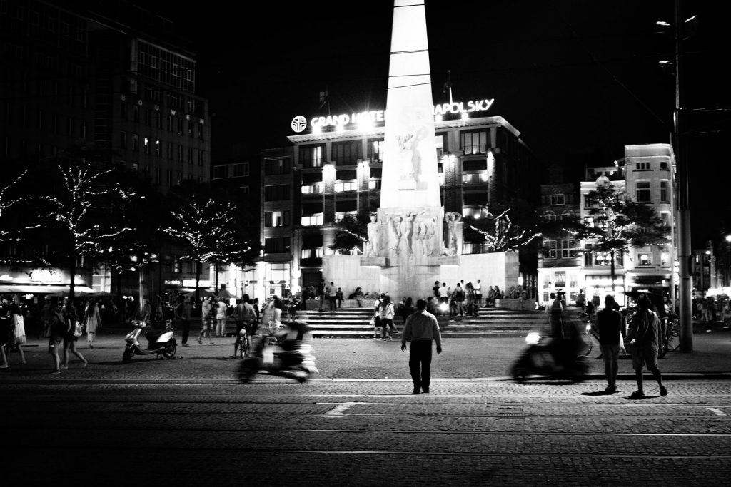 Dam Square at night | Daily Observations